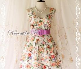 Lady Tea Dress - Sweet Cutie Glamorous Pale Floral Print Tea/Sundress Spring Summer Collection V Neck Pleated Skirt